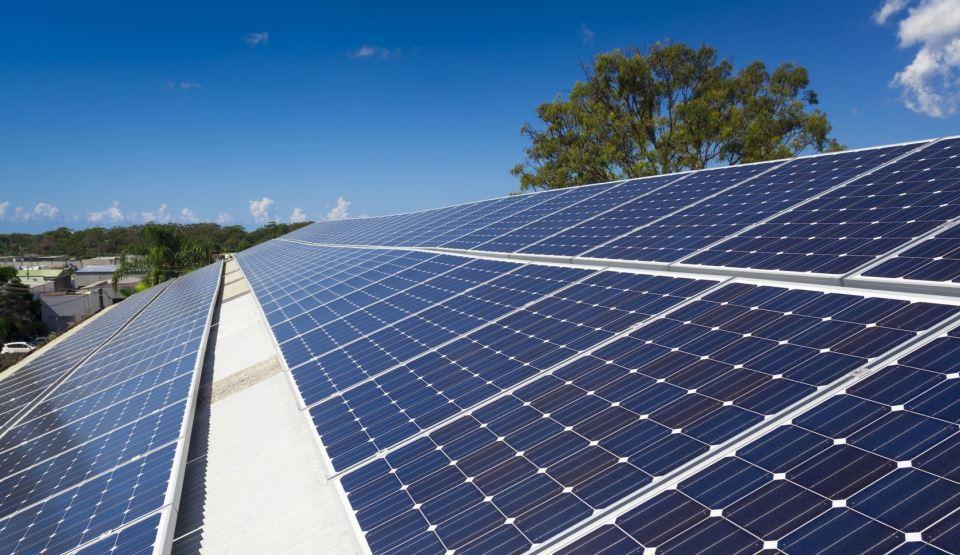https://www.grupaxa.ro/wp-content/uploads/2021/07/02-Panouri-solare.jpg